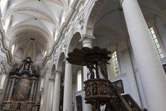 圣徒Walburga教会,布鲁日,贝尔吉克内部, 免版税库存照片