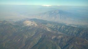 圣戈尔戈尼奥山鸟瞰图,从靠窗座位的看法在飞机 影视素材