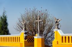 圣所的入口在Cholula 免版税库存照片