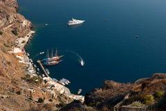 圣托里尼停泊处,锡拉Fira 免版税库存照片