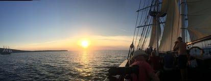 圣托里尼浪漫海岛小船希腊 免版税图库摄影