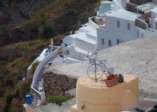 圣托里尼海岛山坡 免版税库存照片