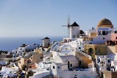 圣托里尼海岛风车 免版税库存图片