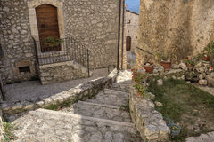 圣斯泰法诺迪塞桑约村庄,阿布鲁佐,拉奎拉 免版税库存照片