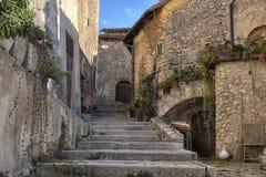 圣斯泰法诺迪塞桑约村庄,阿布鲁佐,拉奎拉 库存照片