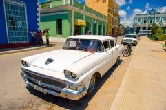 圣斯皮里图斯市,古巴- 2015年9月5日:拉丁语 免版税库存图片