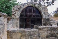 圣斯蒂芬在Pachna附近村庄的` s教堂在塞浦路斯 免版税库存照片