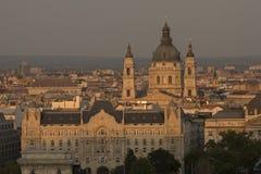 圣斯蒂芬大教堂在布达佩斯匈牙利 图库摄影