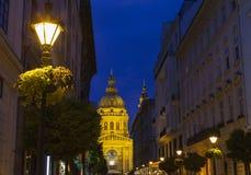 圣斯蒂芬的大教堂看法在布达佩斯 库存照片