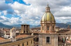 圣朱塞佩dei从圣诞老人Caterina教会屋顶的Teatini教会看法在巴勒莫,西西里岛 图库摄影