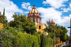 圣母无染原罪瞻礼的教会在圣米格尔德阿连德,墨西哥 免版税库存照片