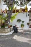 圣母玛丽亚修道院在Paleokastritsa 免版税库存图片