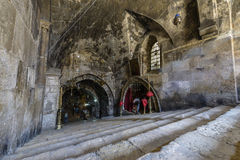 圣母玛丽亚,耶路撒冷的坟茔的内部 免版税图库摄影