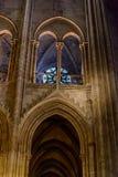 巴黎圣母院内部看法  库存照片