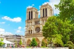巴黎圣母院法语为 免版税库存图片