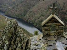 圣毛罗偏僻寺院的十字架  免版税库存照片