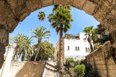 圣洁以色列耶路撒冷犹太人多数一个人安置安排神圣对哭墙 从被挖掘的1500个岁拜占庭式的教会的看法,在街道水平下的6米,在犹太四分之一近 库存图片