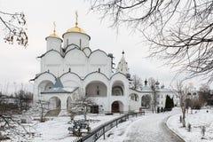 圣洁保护女修道院在苏兹达尔 Pokrovsky妇女` s修道院在冬天 苏兹达尔 俄国 图库摄影