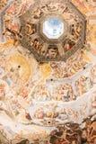 圣洁十字架的大教堂在佛罗伦萨 库存照片