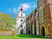 圣洁十字架的巴洛克式的教会, Sazava修道院,捷克,欧洲 免版税库存照片