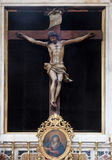 圣洁十字架,男修道士的方济会教会法坛较小在杜布罗夫尼克 免版税图库摄影