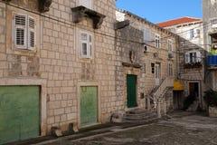 圣洁朱斯汀埃南的正方形在Korcula,克罗地亚 免版税库存照片