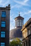 圣洁纽约三一教堂圆顶在华沙 免版税库存图片