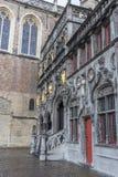 圣洁血液布鲁日的大教堂的外部 免版税库存图片