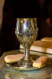 圣洁酒杯 免版税库存照片