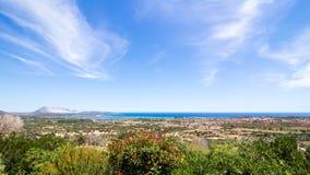 圣特奥多罗海岸的全景在撒丁岛 免版税库存图片