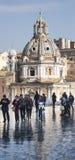 圣玛丽亚二洛雷托省,广场Venezia (罗马,意大利)垂直的全景 库存图片