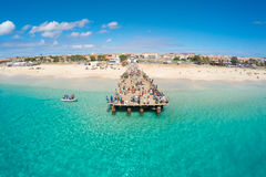圣玛丽亚海滩鸟瞰图在婆罗双树佛得角- Cabo Verde的 库存图片