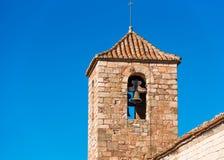 圣玛丽亚de Siurana罗马式教会的看法,在Siurana,塔拉贡纳,西班牙 特写镜头 库存图片