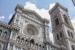 圣玛丽亚del菲奥雷和kampanilla Giotto大教堂在佛罗伦萨 免版税库存图片