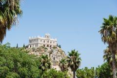 圣玛丽亚dell'Isola,特罗佩亚,意大利教会  免版税图库摄影