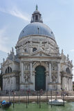 圣玛丽亚della致敬, Venic 7月21日2017年大教堂看法  库存图片