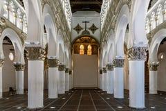 圣玛丽内部看法白色犹太教堂在托莱多 免版税图库摄影