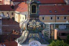 圣玛丽教会的塔在萨格勒布 库存图片