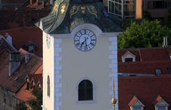 圣玛丽教会的塔在萨格勒布 免版税库存图片