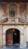 圣玛丽14世纪教会在Dolac市场附近位于萨格勒布 免版税库存照片