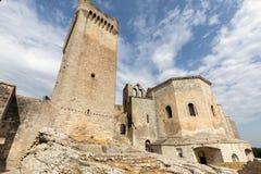 圣皮特圣徒・彼得修道院在阿尔勒附近的Montmajour, 库存照片