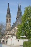 圣皮特圣徒・彼得和圣保罗大教堂在Vysehrad,布拉格,捷克 免版税库存图片
