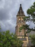 圣皮特圣徒・彼得和圣保罗,一个新哥特式教会大教堂在Vysehrad堡垒 图库摄影
