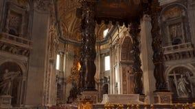 圣皮特圣徒・彼得的大教堂内部  股票录像