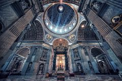 圣皮特圣徒・彼得` s大教堂在罗马 免版税库存照片