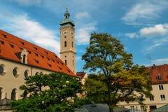 圣皮特圣徒・彼得` s教会哥特式大教堂,城市,慕尼黑,巴伐利亚的标志 库存图片