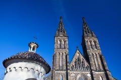 圣皮特圣徒・彼得和圣保罗,布拉格大教堂  库存照片