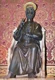 圣皮特圣徒・彼得雕象在13世纪做了Arnolfo di Cambio 库存图片