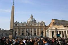 圣皮特圣徒・彼得s正方形,广场圣彼得罗,梵蒂冈 免版税库存图片
