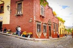 圣米格尔德阿连德街,墨西哥 免版税图库摄影